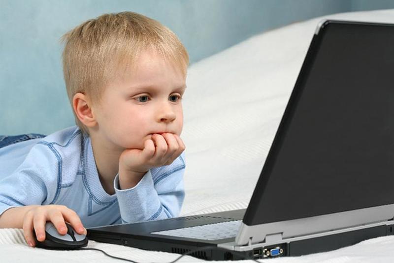 Сколько в день можно сидеть за компьютером